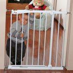 نرده-محافظ-در-و-پله-کودک-Brevi1